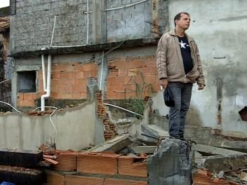 Casa demolida de Carlos em Campinho