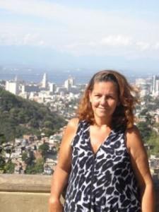 Eliza na sacada do Morro dos Prazeres