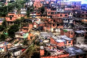 Barrio Bajo da Colombia. Foto de Pedro Szekely