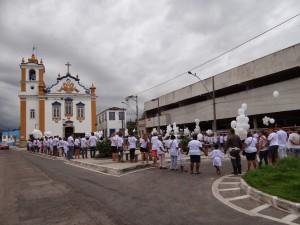 Protesto contra a crescente violência em Magé no dezembro de 2013. Foto: paulooredator.blogspot.com