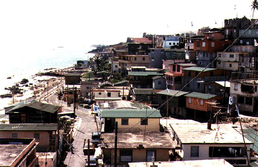 Resultado de imagem para Favelas em Porto Rico