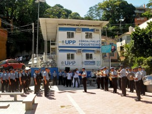 UPP Coroa/Fallet/Fogueteiro comemora 2 anos de pacificação