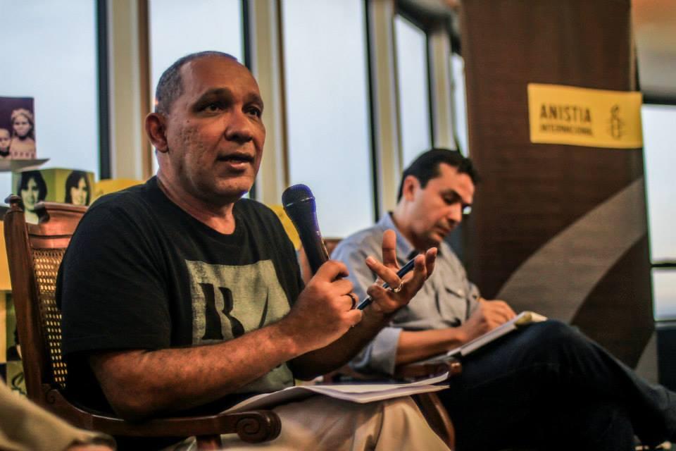 Diretor da Anistia Internacional Brasil Atila Roque disse que não podemos ficar calados. Foto: Mídia Ninja
