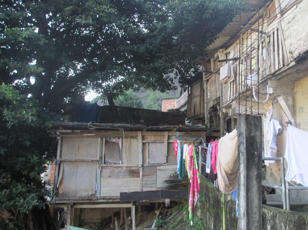 Casas em situação precária em Santa Marta