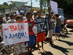 Protesto-Alemao-Abril-4-2015