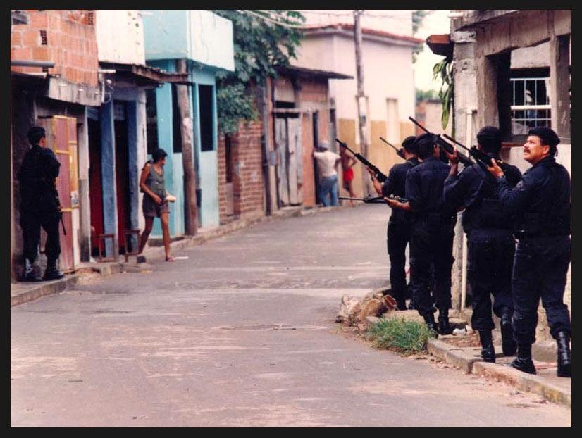 Policiais do BOPE em operação na Nova Brasilia. Foto: Sandra de Souza