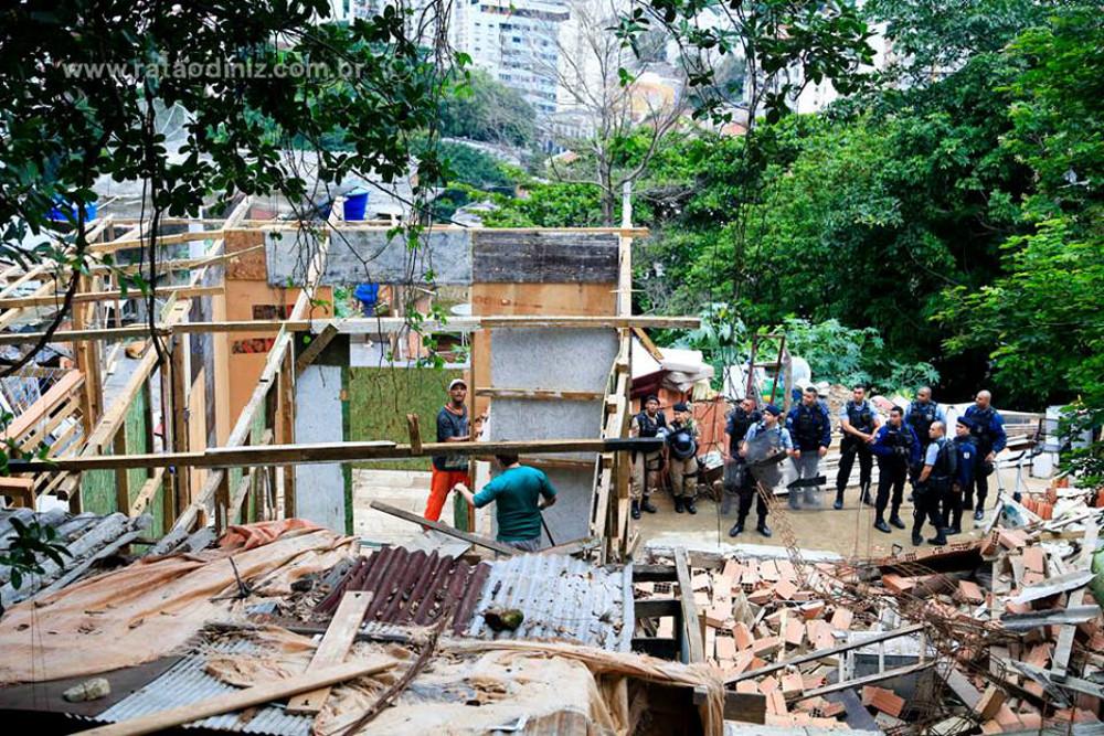 Remoção em Santa Marta. Foto: Ratão Diniz Diniz