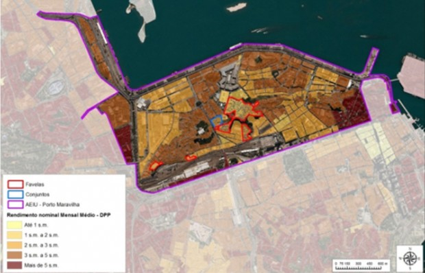Mapa mostrando a distribuição dos diferentes grupos de renda na área portuária. As linhas vermelhas representam as favelas, as azuis representam os complexos de apartamentos e as roxas delineiam o projeto Porto Maravilha.