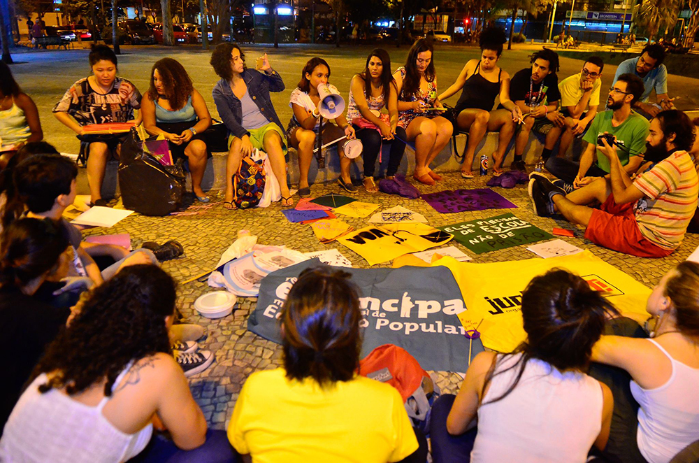 Manifestantes protestam em praças no Rio contra redução da maioridade penal(Tomaz Silva/Agência Brasil)