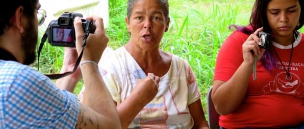 Jane dando depoimento para Comissão de Direitos Humanos da ALERJ (5 de maio de 2015)