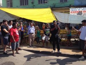 Raull Santiago fala no protesto #Tá Tudo Errado