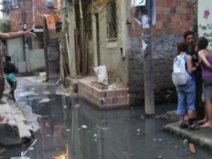 Manguinhos, onde supostamente o PAC faria um projeto de saneamento.