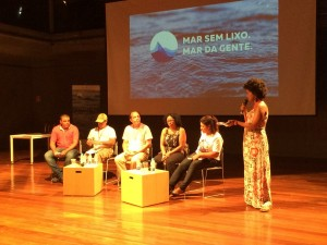 Comunidades discutem sobre a poluição na Baía de Guanabara
