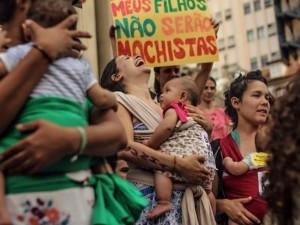 Protesto de mulheres contra a lei do aborto proposta por Cunha, 12 nov, 2017. Foto por Mídia NINJA
