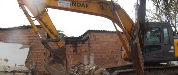 Demolições na Vila Autódromo no mês de outubro. Foto da página do Facebook do Villa Autódromo