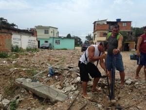 Vila Autódromo planeja construir uma creche.