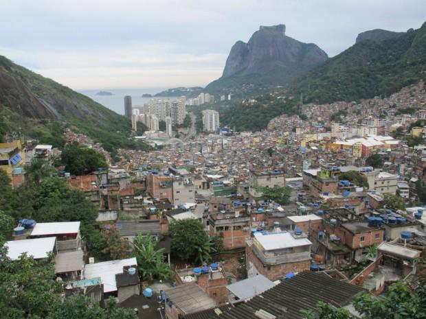 Rocinha-from-top