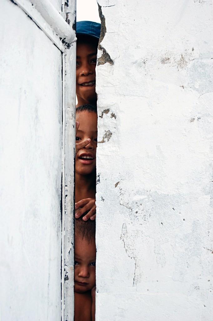 Crianças no Timbau, Maré. Foto por Francisco Valdean