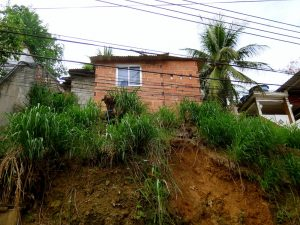Casa da Carina na comunidade Pica-Pau