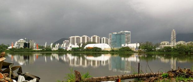 Vista da lagoa a partir da Vila Autódromo