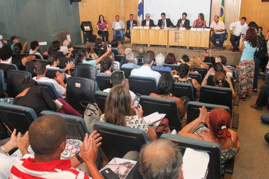 Reunião pública com a comunidade de Zacarias na Alerj