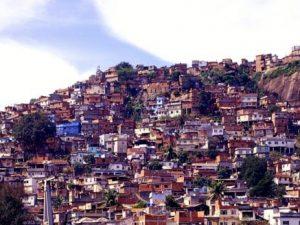 Morro da Providência - a primeira favela do Brasil. Foto por Maurício Hora