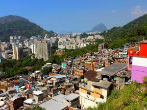 Vista a partir do Laboriaux, no topo da Rocinha