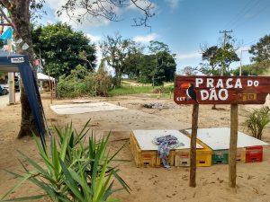 A comunidade dedicou, uma praça na terra que está ocupada pela TDT, à memória de Jaisson Caique Santos, cujo apelido era Dão.