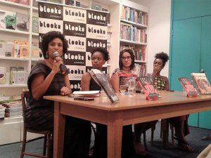 No lançamento do livro de Angela Davis, Marielle  Franco responde uma pergunta da plateia. Ao lado, da esquerda para a direita: Jaciana Melquiades , Karina Vieira e Ana Paula Lisboa.