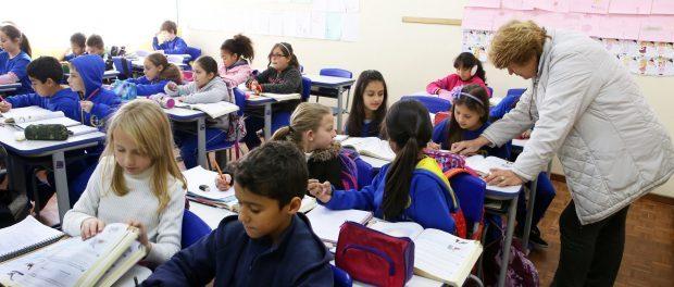 Alunos em escola em Curitiba. Foto porCesar Brustolin/SMCS