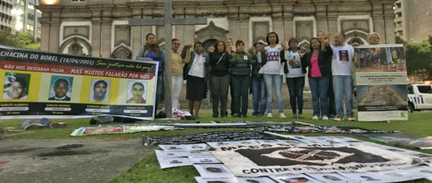 Mães e familiares de vítimas de violência policial