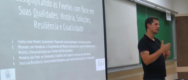 Otávio Barros, do Vale Encantado, apresenta