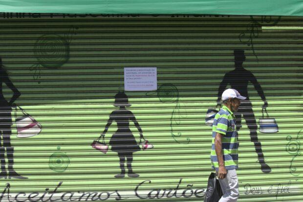Comércio fechado deixa informação sobre o coronavírus e dados do WhatsApp para continuar vendendo mesmo com as portas fechadas.