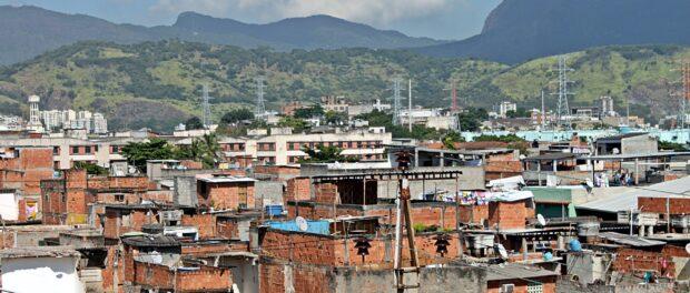 Vista desde a Favela de Manguinhos. Foto por: Edilano Cavalcante.