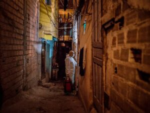 Covid-19 nas favelas´. Getty Images