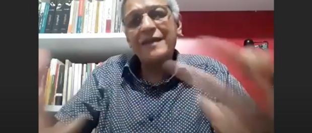 Candidato Cyro Garcia responde no debate.