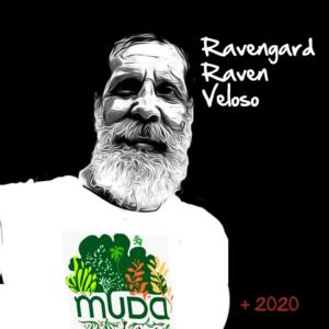 Ilustração de Ravengard Veloso com uma camisa de seu projeto MUDA.