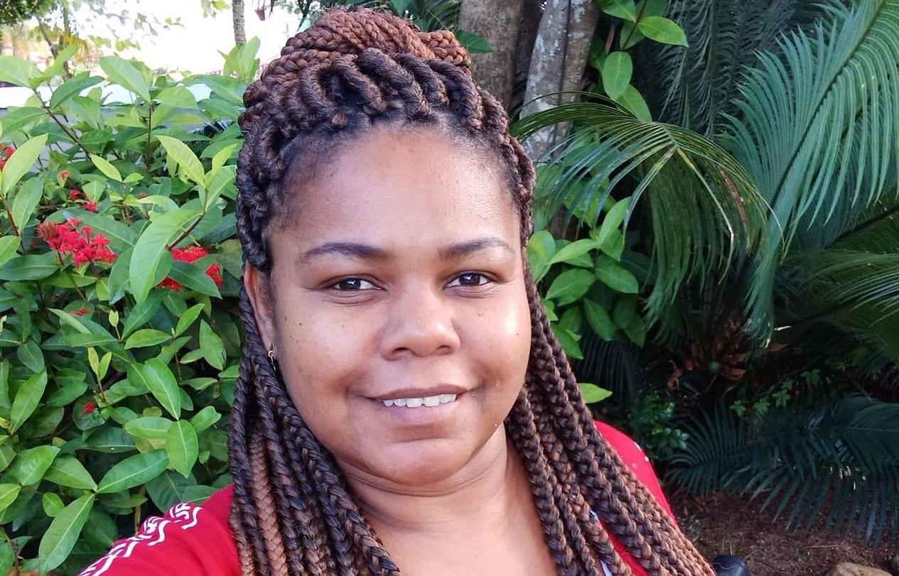Elaine Pacheco se pergunta 'Qual é o negro que nunca foi seguido no supermercado ou chamado de macaco'. Foto de acervo pessoal de Elaine Pacheco