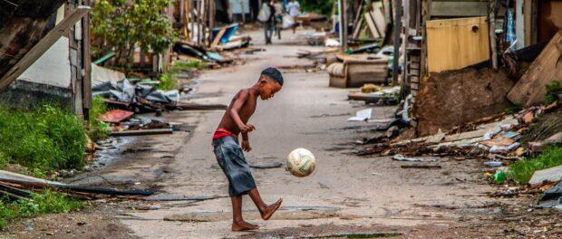 Favelados sofrem mais discriminação porque o preconceito racial e o social se misturam. Foto por: Thiago Lima