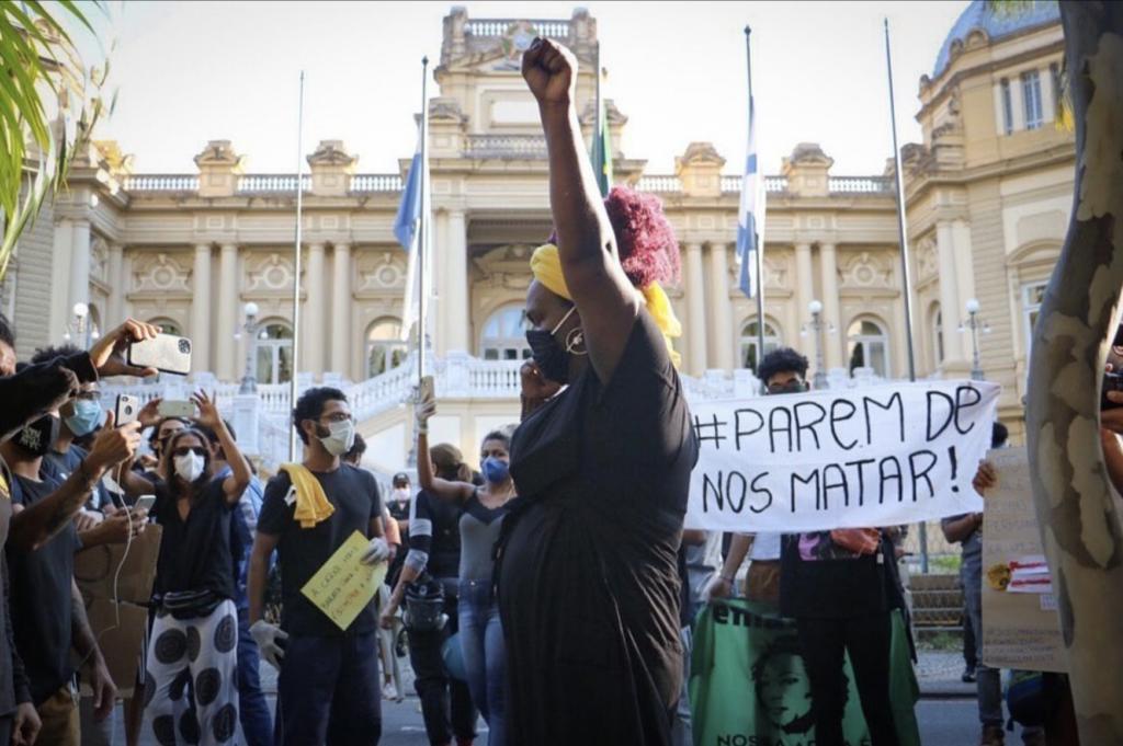 Protesto contra o Racismo e a Violência Policial. Foto por: Luna Costa
